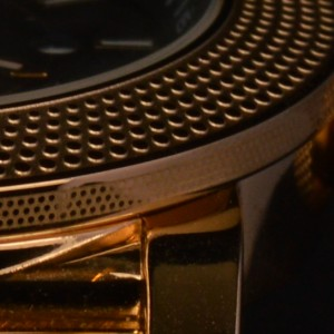 Royal Gold detail side